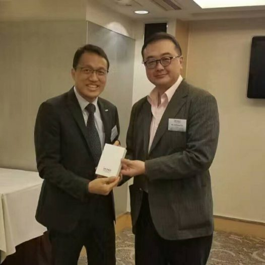"(HK) Dr. Lawrence Wong talked about ""Sharing Economy in the Big Data Era"" in HKiNEDA monthly lunch."