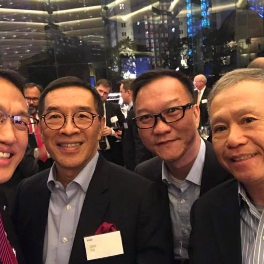 (HK) Dr. Lawrence Wong attended the KPMG Alumni Christmas Cocktail Party.